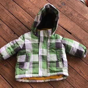 Winter coat size 6/9 month